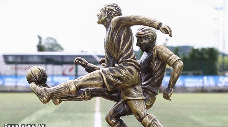 Particolare del trofeo del Torneo Dante Berretti