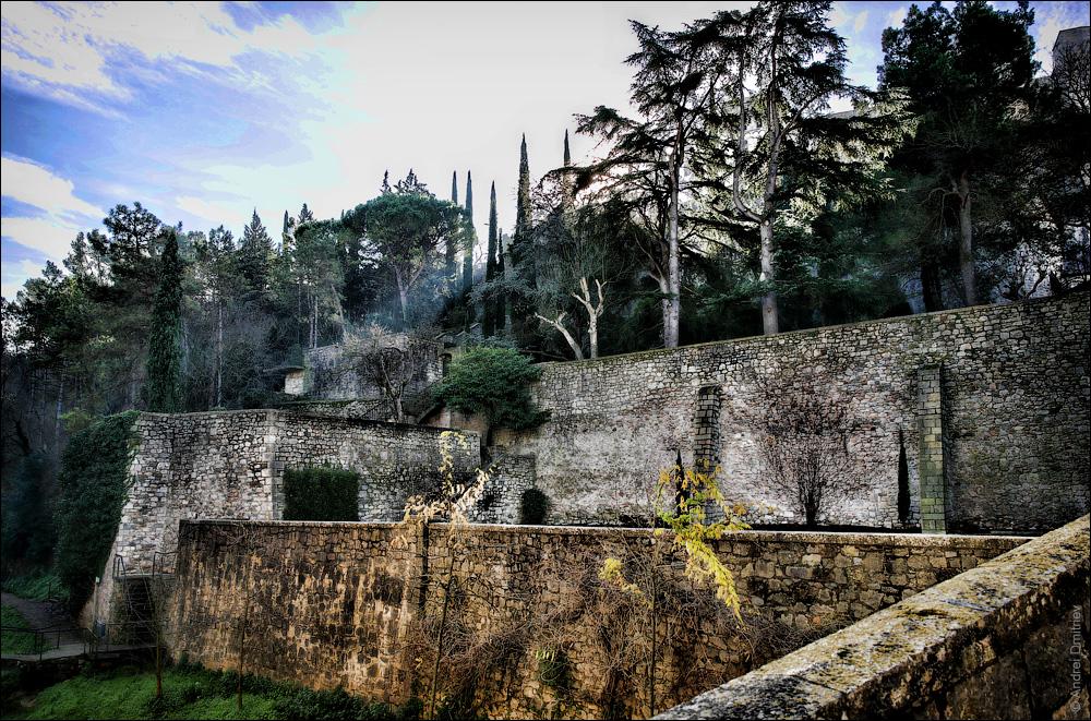 Крепостная стена, Жирона