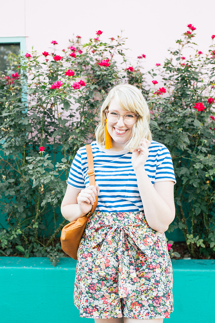 austin style blogger writes like a girl jcrew liberty floral shorts10