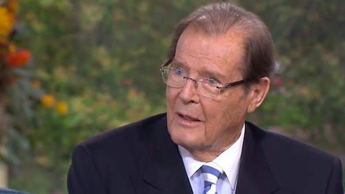 Roger Moore - Photo 2