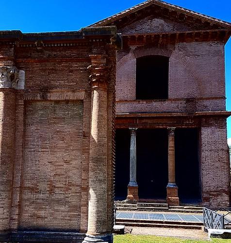 Roma: parco archeologico di via latina