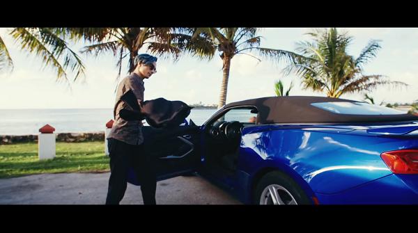 EXILE THE SECOND「Summer Lover」で青い髪のケンチが乗ってる青いオープンカーは何?