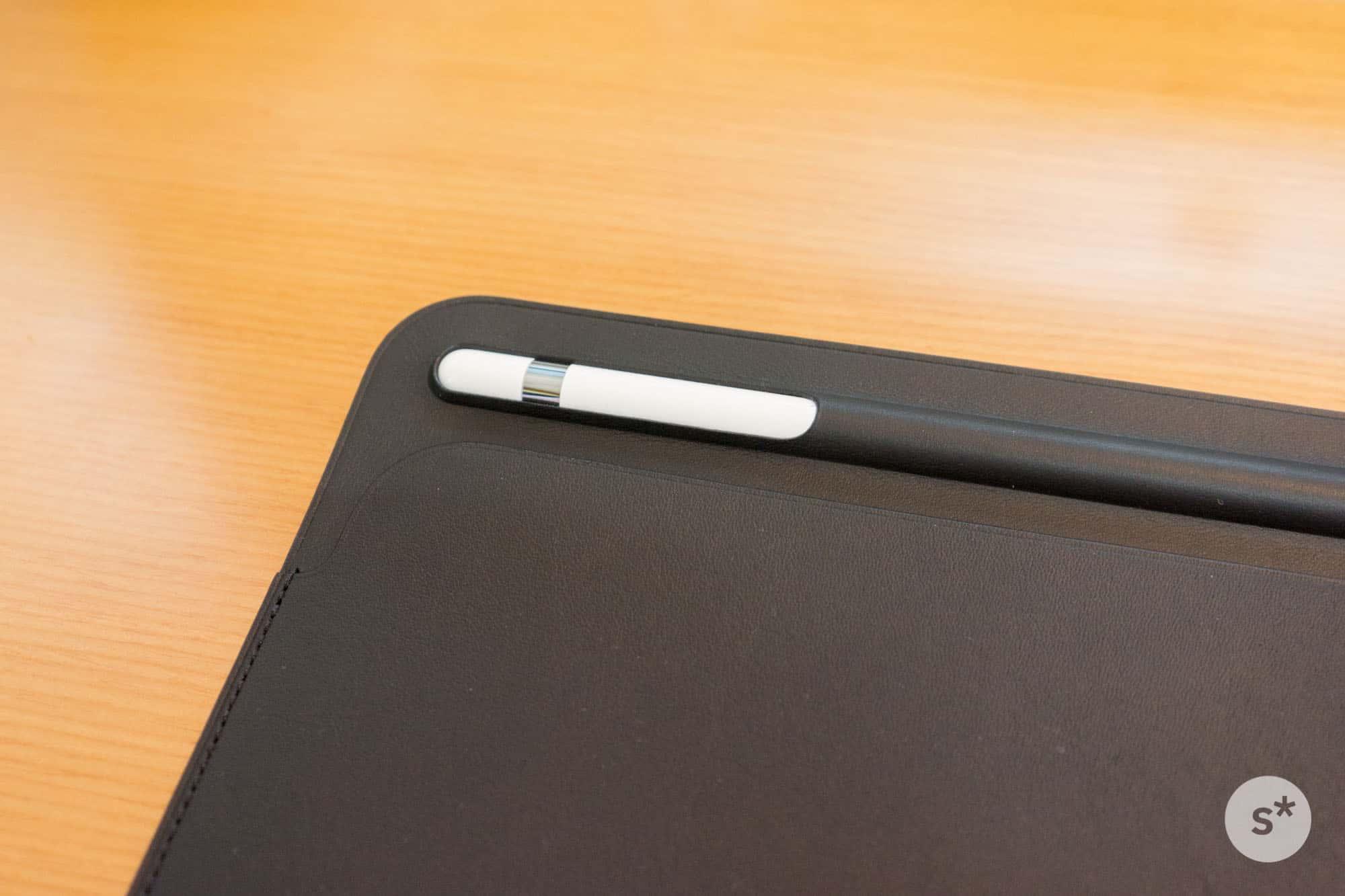 inserting-apple-pencil