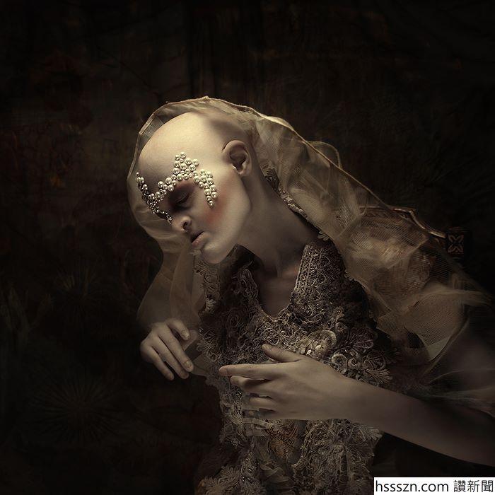 Melanie-Gaydos-21_700_700