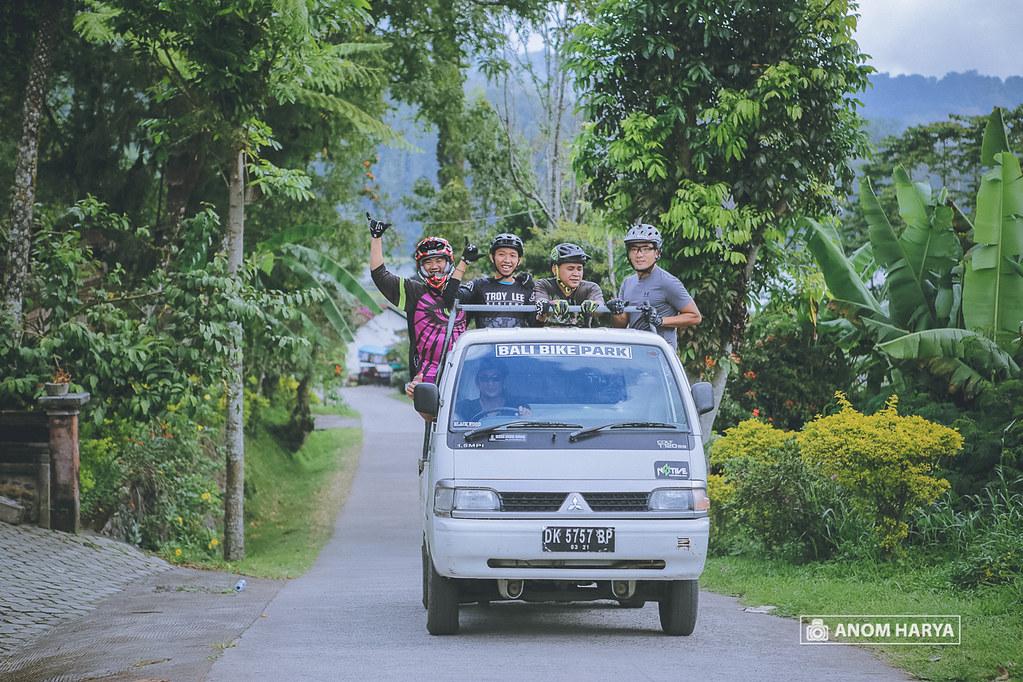 Loading Service on Bali Bike Park
