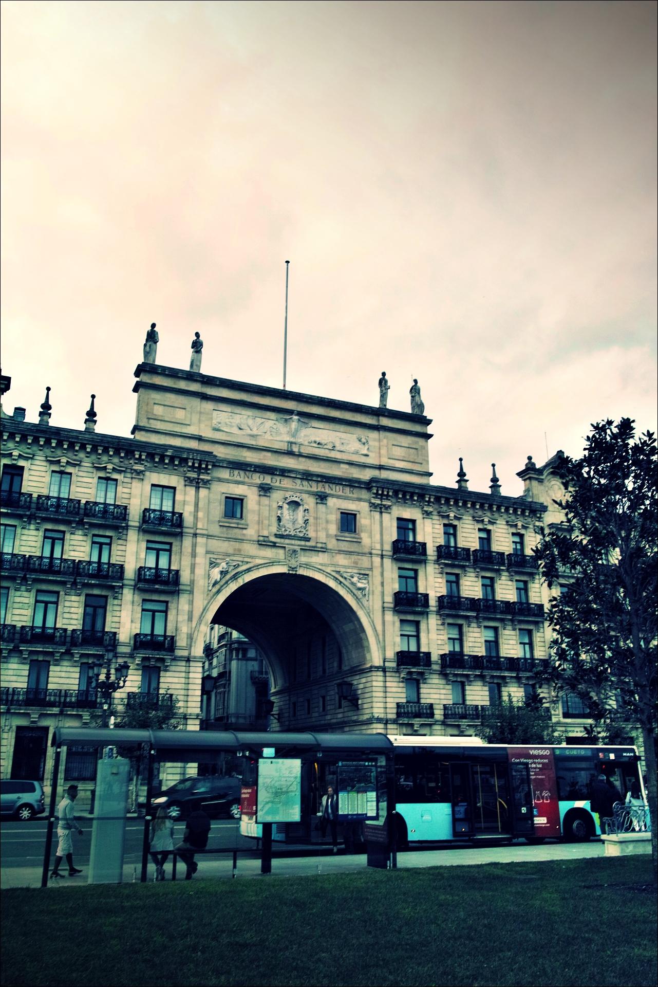 산탄데르 은행-'산탄데르 둘러보기(Sightseeing Santander)'