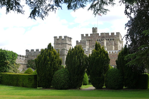 Hampton Court Castle, Malvern
