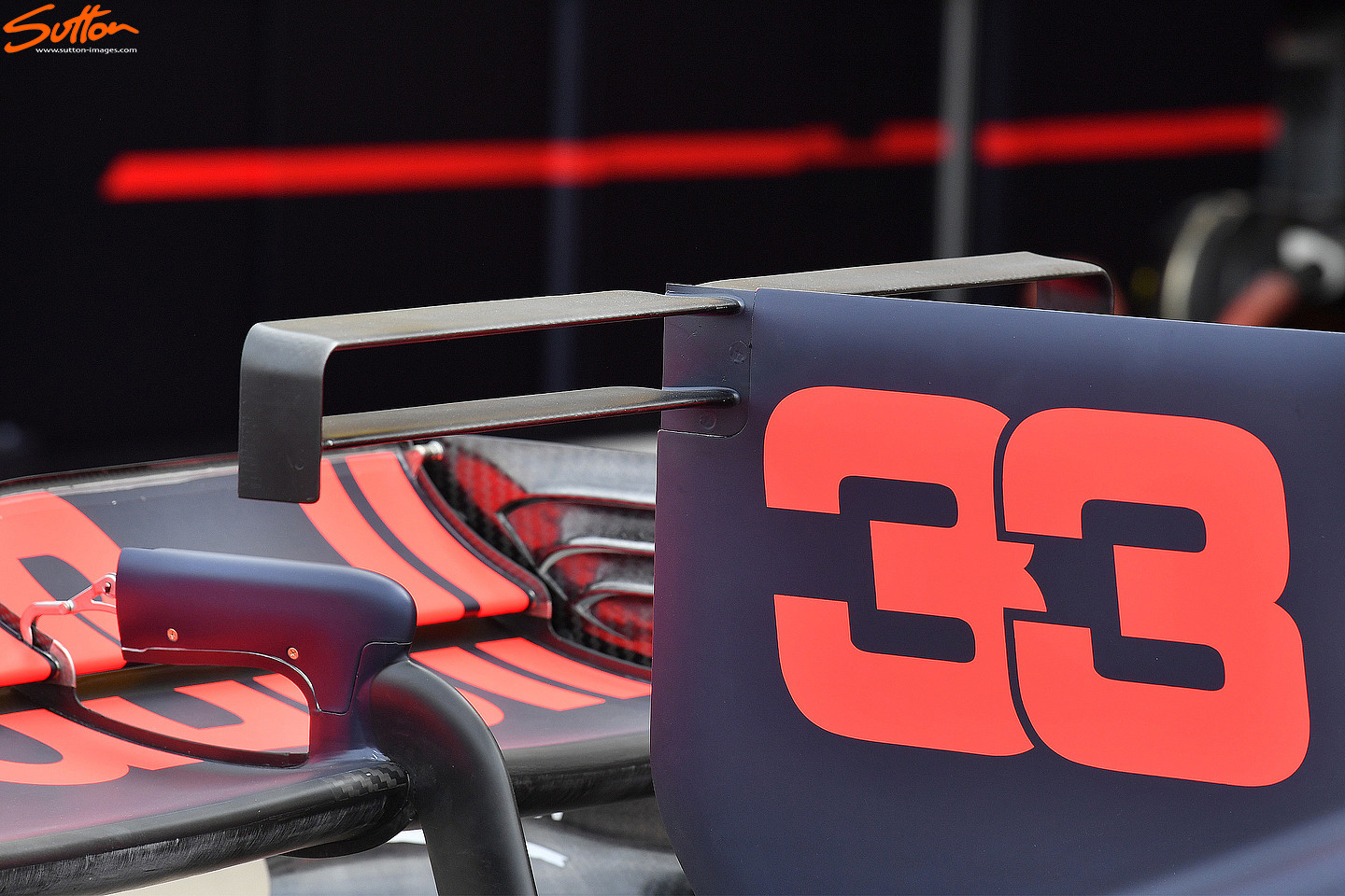 rb13-t-wing