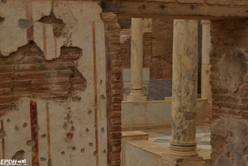 Columnas de mármol en las Casas de las Terrazas
