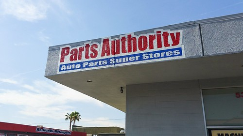 Our client Parts Authority got a third hand-painted sign at their location in Redlands CA