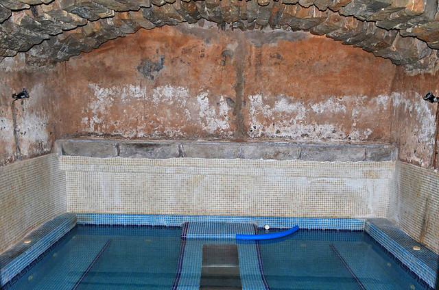Thermal cave bath in San Miguel