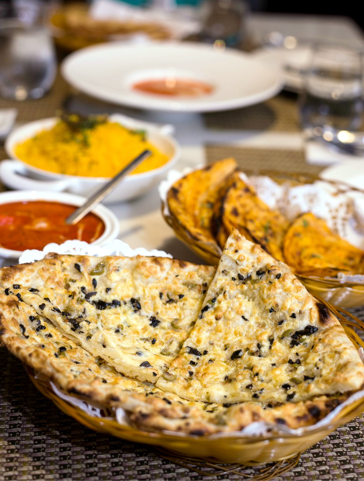 Quayside_isle_Earl_Of_Hindh_Olive_Chilli_Cheese_Bread