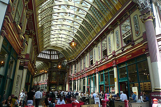 London - Leadenhall crowd