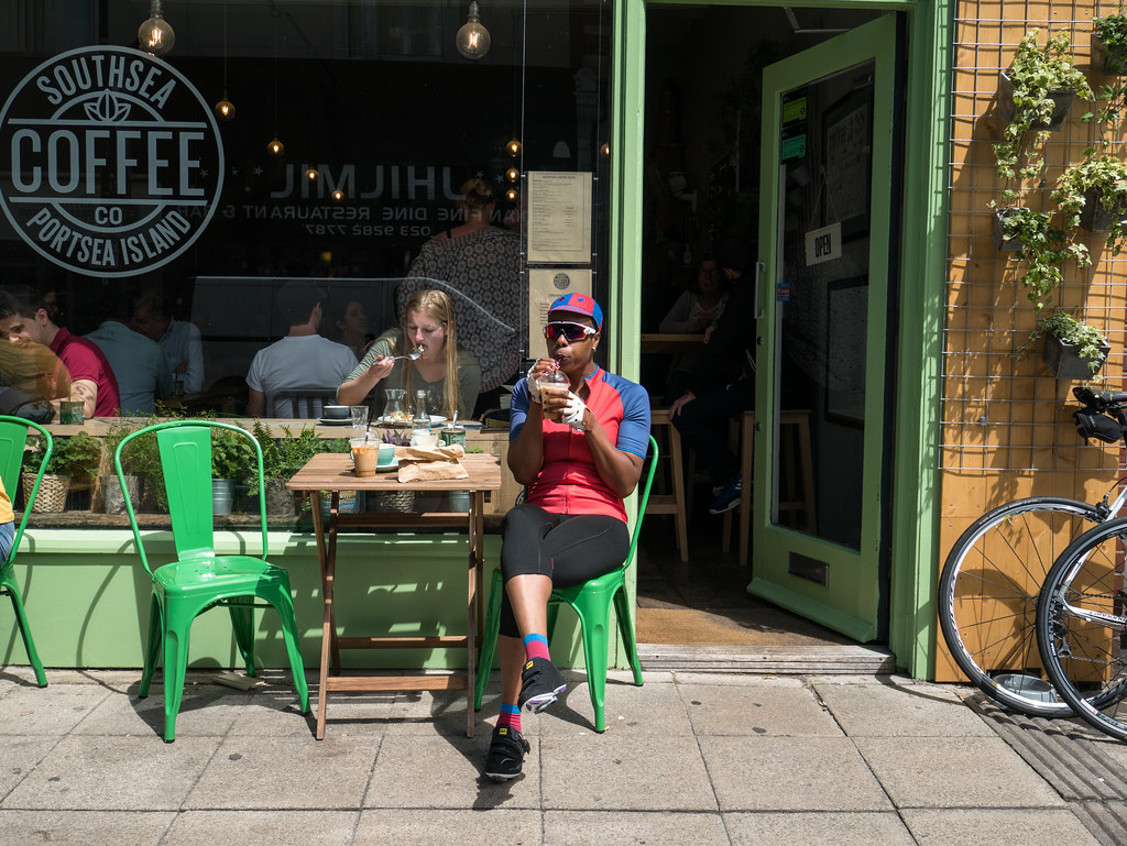 ladyvelo-premierinn-cycling-southseacoffee