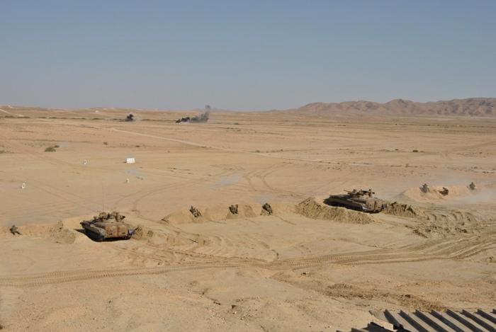 المناورات والتدريبات الجيش الوطني الشعبي الجزائري  [ l'ANP ]  - صفحة 11 34650187174_a496a10afb_o