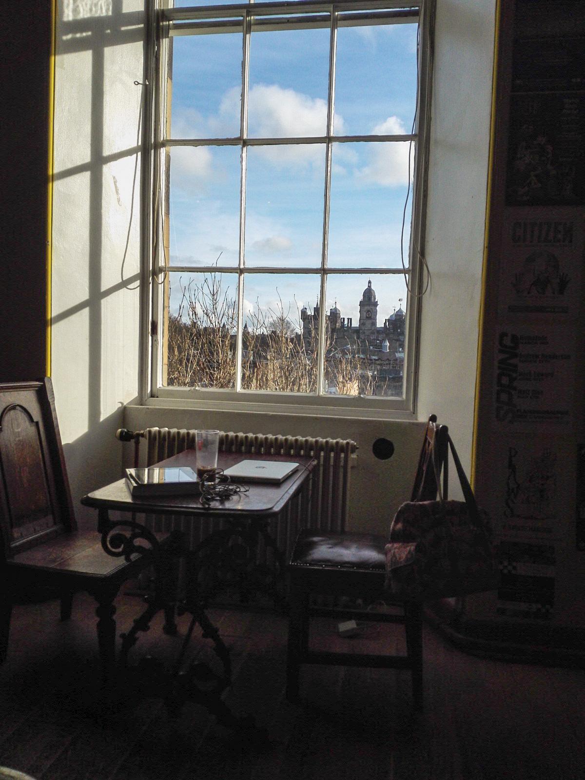 キャッスル・ロック・ホステルの食堂からのいい眺め