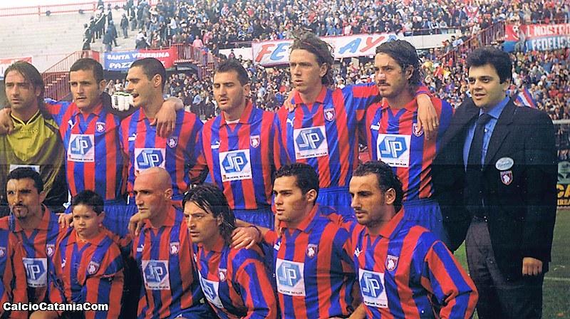 Una formazione del Catania 1998-99