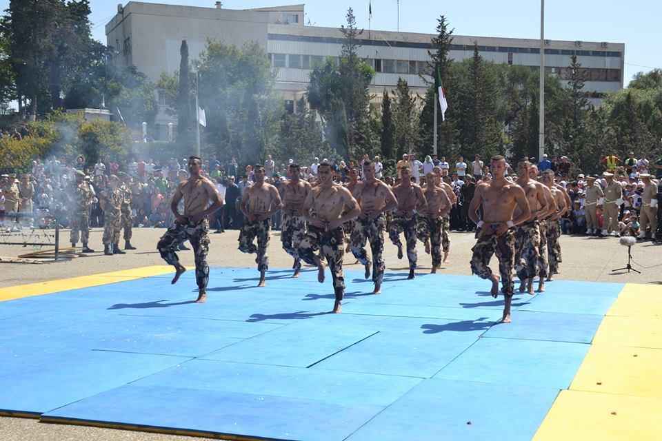 موسوعة الصور الرائعة للقوات الخاصة الجزائرية - صفحة 62 35449734630_d2a4a237a6_o