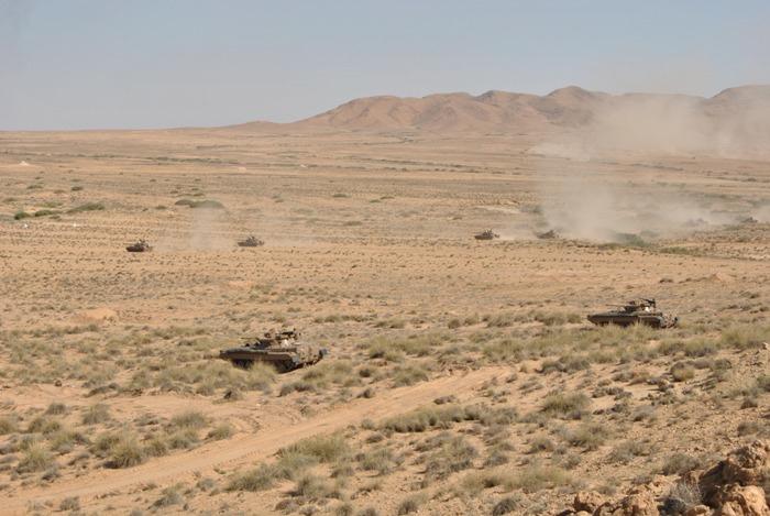 المناورات والتدريبات الجيش الوطني الشعبي الجزائري  [ l'ANP ]  - صفحة 11 35451737006_08f785ca84_o