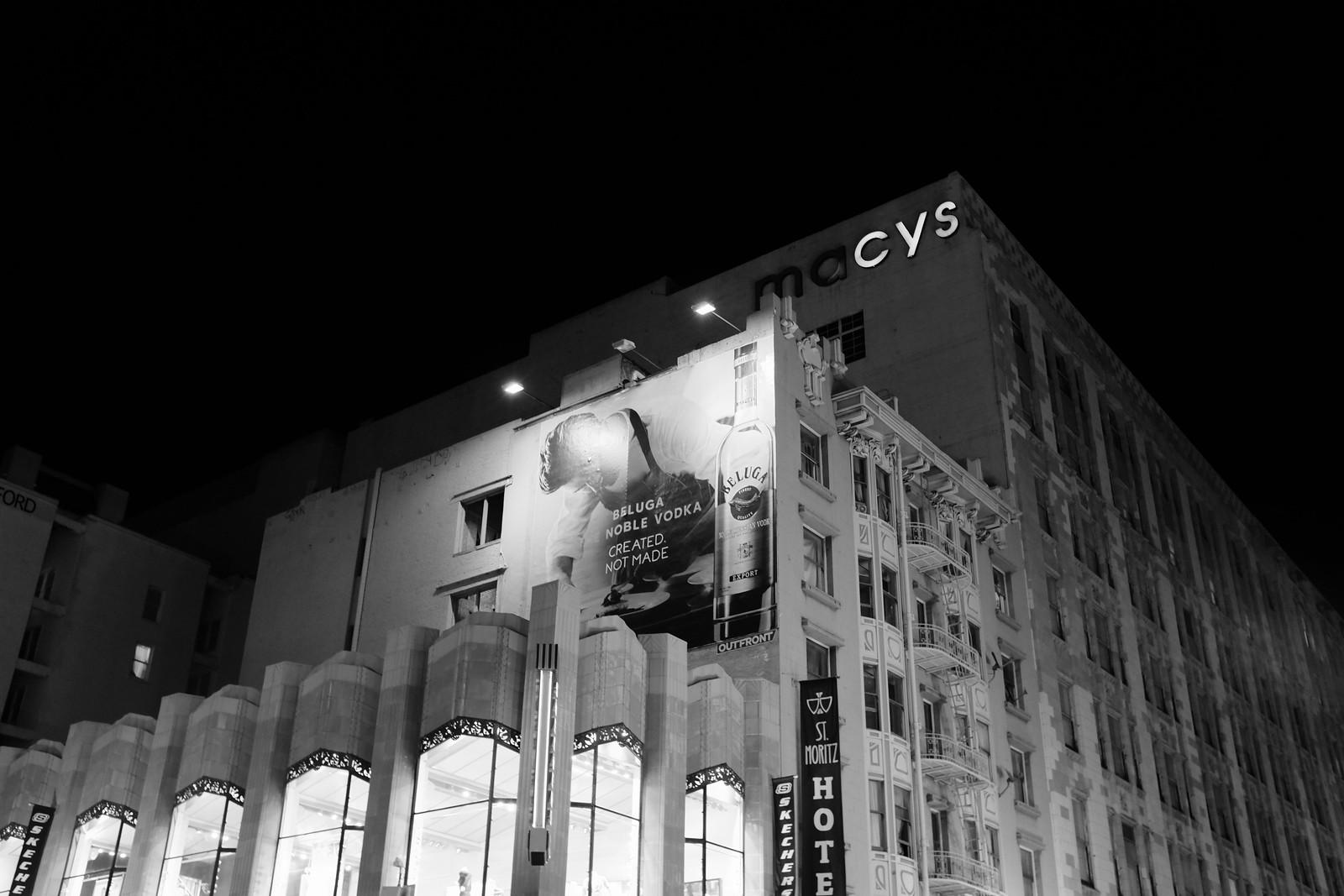 The Sanfrancisco night photo by FUJIFILM X100S.