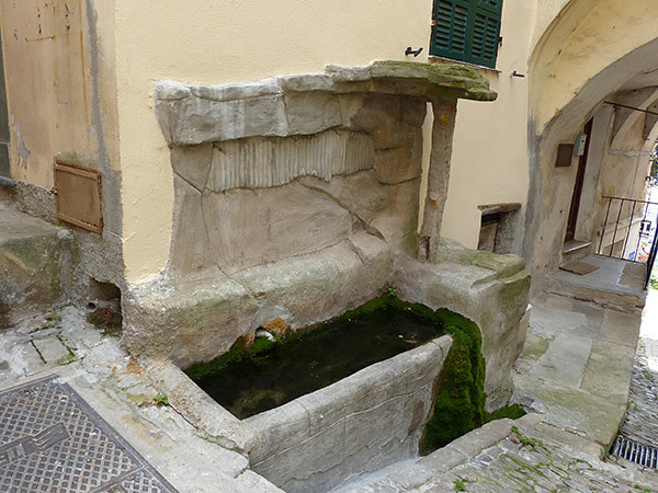 fontaine perinaldo