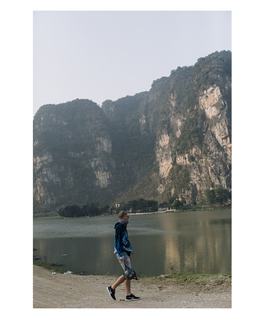 Tam_Coc_12, Ninh Binh and Tam Coc National Park, a Photo and Travel Diary by the Blog The Curly Head, Photography by Amelie Niederbuchner,