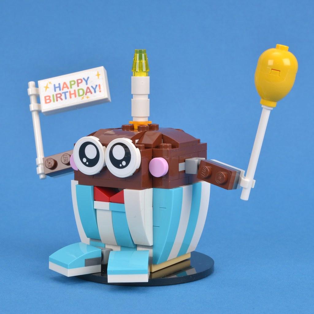 LEGO Seasonal 40226 Birthday Buddy Review