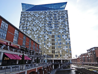 Worcester and Birmingham Canal 34 - The Cube.JPG | by worldtravelimages.net