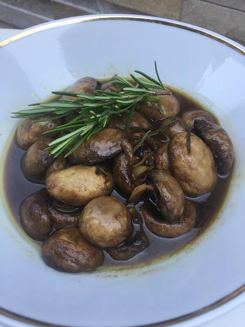 Antipasti mit Champignons, homemade