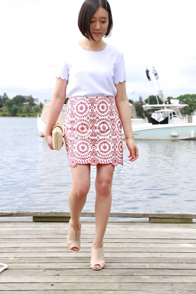 LOFT Eyelet Medallion Skirt, size 0P