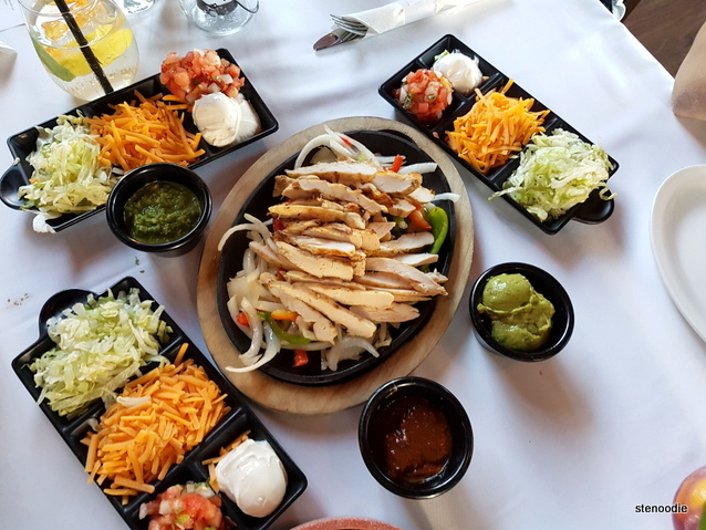 Lone Star Texas Grill Chicken Fajitas