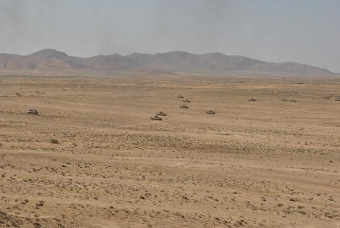 المناورات والتدريبات الجيش الوطني الشعبي الجزائري  [ l'ANP ]  - صفحة 11 34650185544_9bdb08b921_o