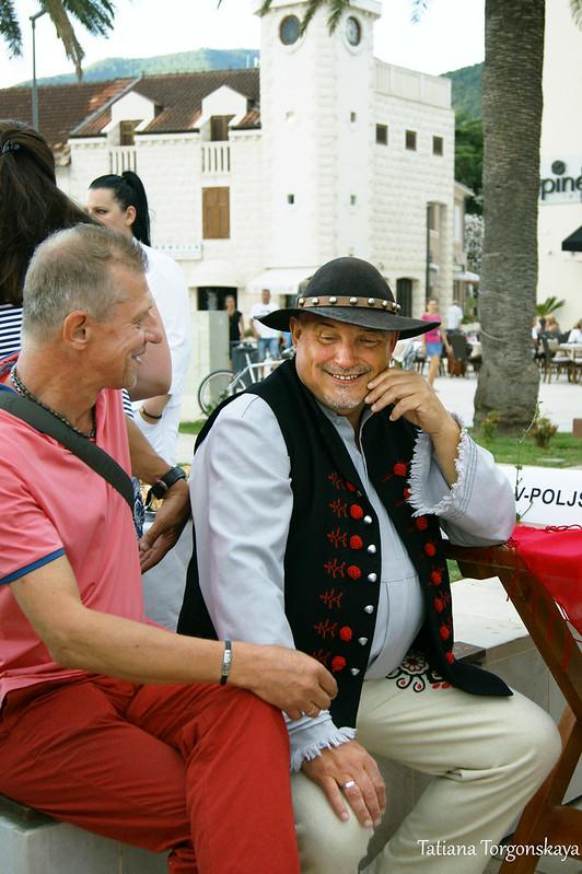 Гость из Польши в народном костюме