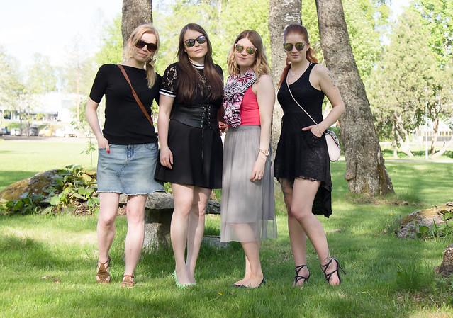 Salla Maria Viivi Milla bloggaajat tyyli muoti lifestyle blogi Elämänhumalassa Sallan Kengissä Miss Joy Moon Shaped Little Box
