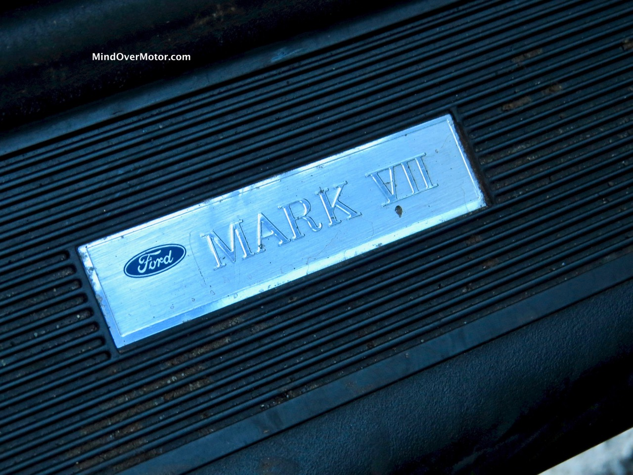 Lincoln Mark VII Door Striker