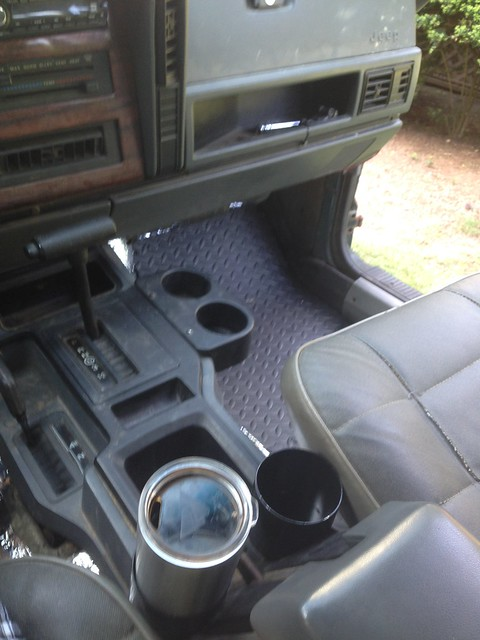 4.0 L Jeep Engine >> cup holder - Page 6 - Jeep Cherokee Forum