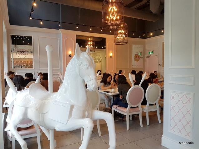 Dazzling Café Yonge & Sheppard inside