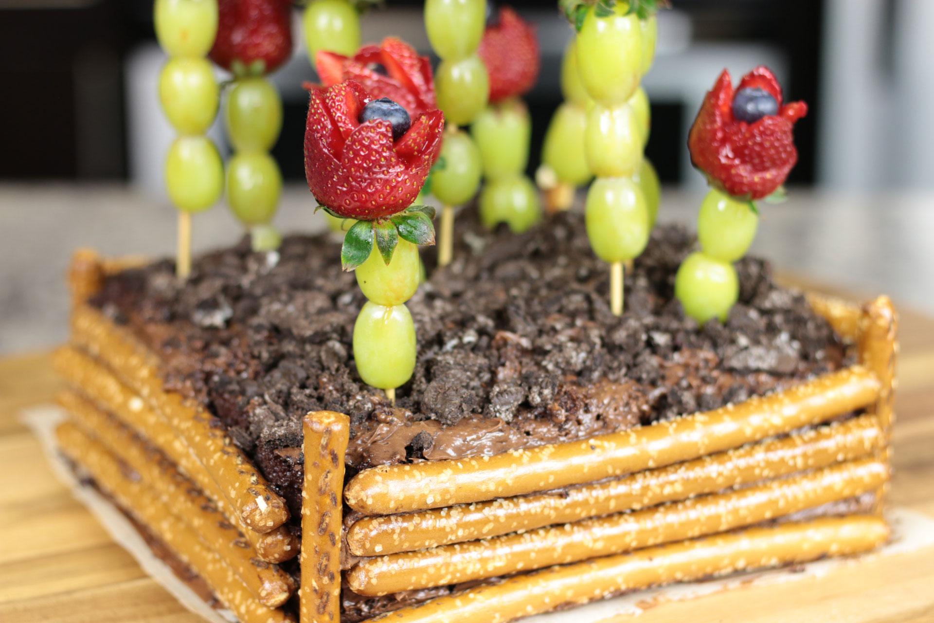 Mother's Day Dessert Ideas (Chocolate Garden & Strawberry Roses)