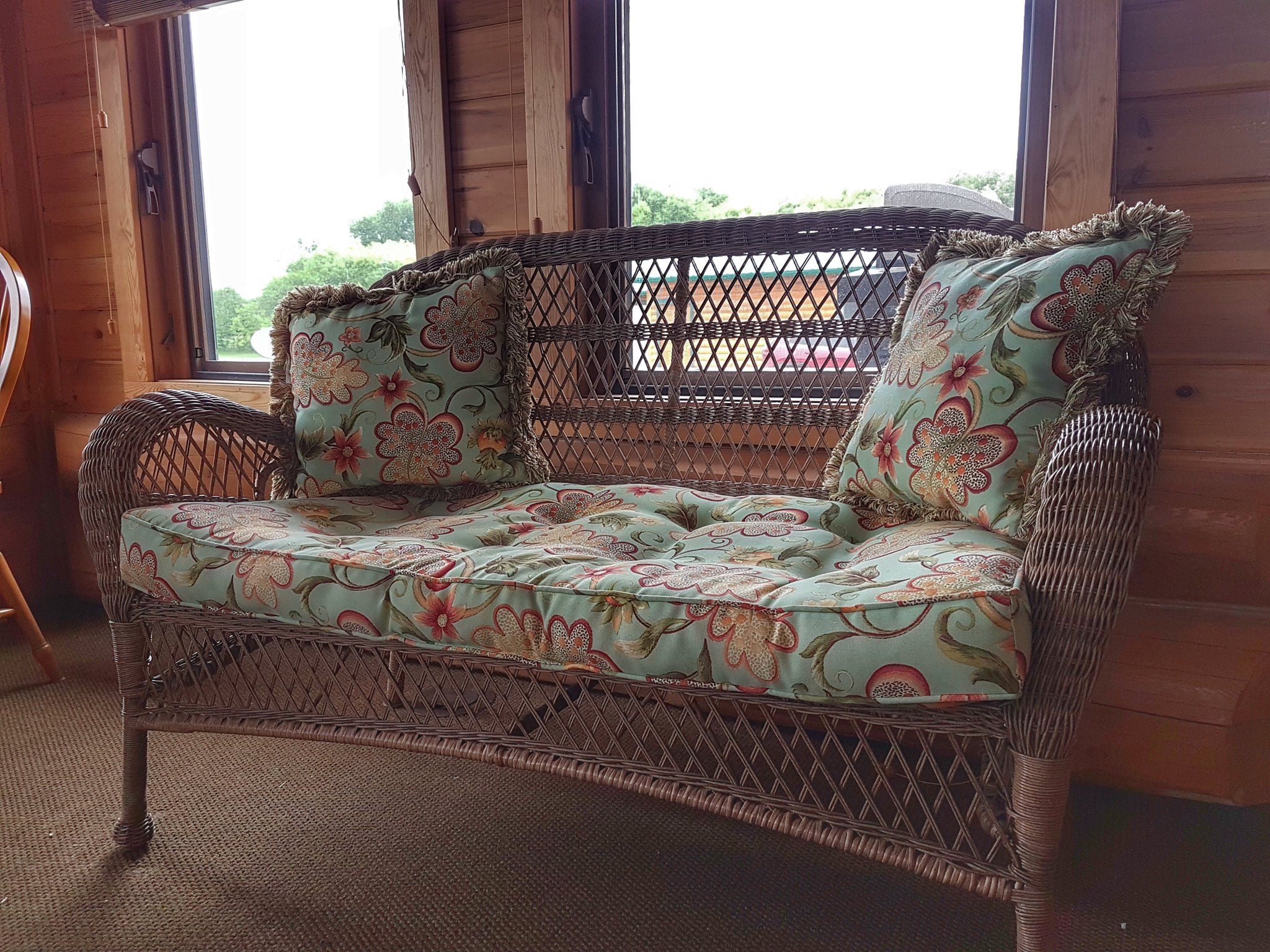 three season room loveseat