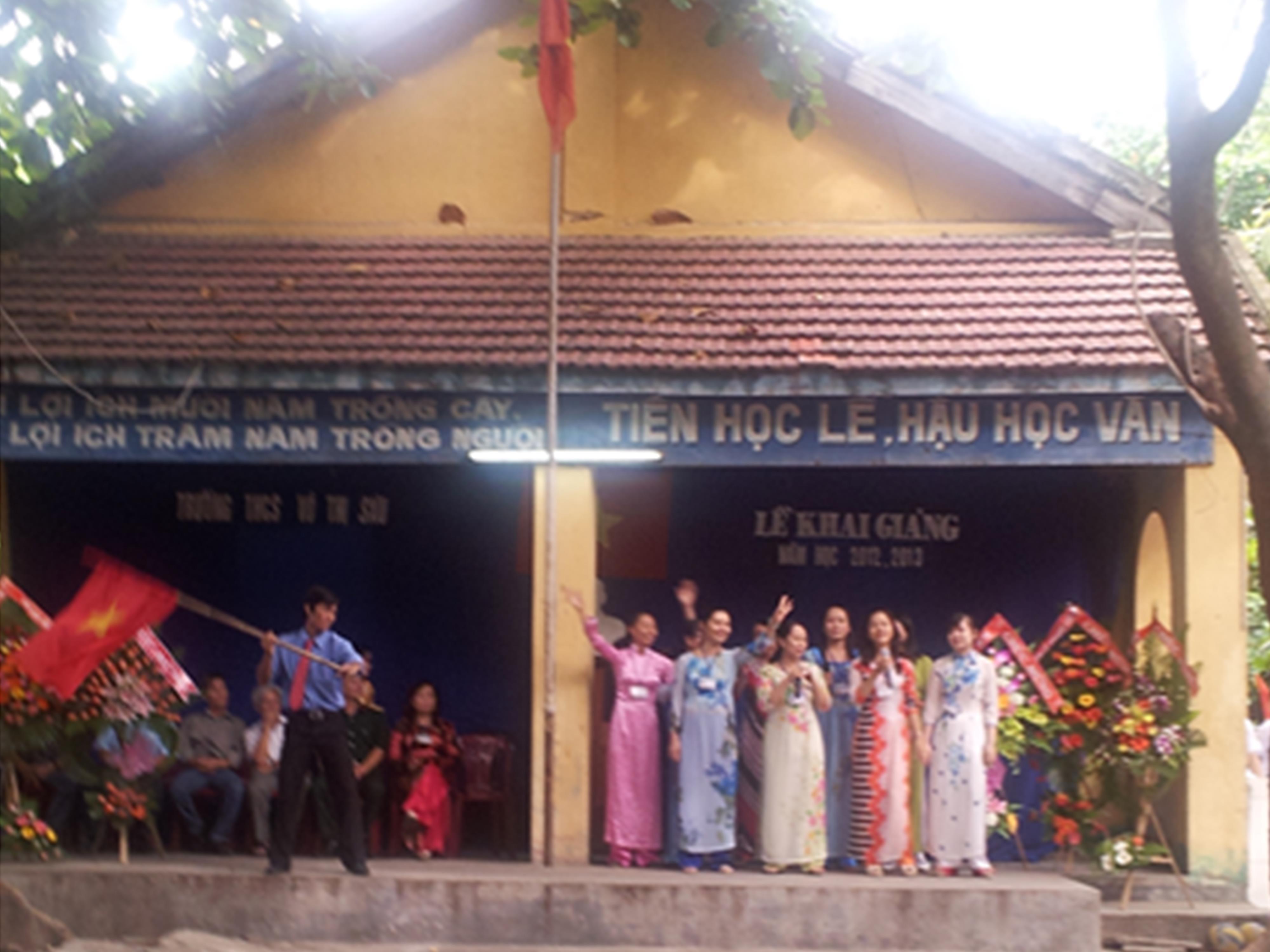 Lễ khai giảng năm học mới 2012-2013