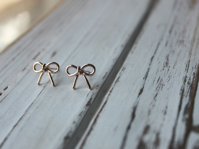 Tiny bow earrings from