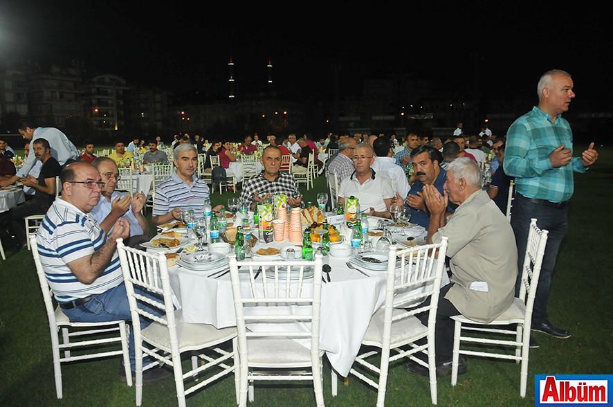 Alanyaspor'dan kalabalık iftar2