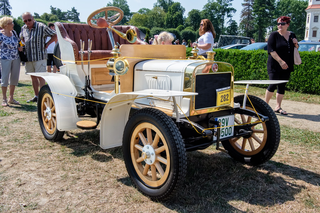 1905 Laurin & Klement Voiturette A   The first car produced …   Flickr
