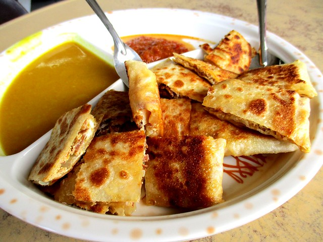 Yum Yum Cafe murtabak daging