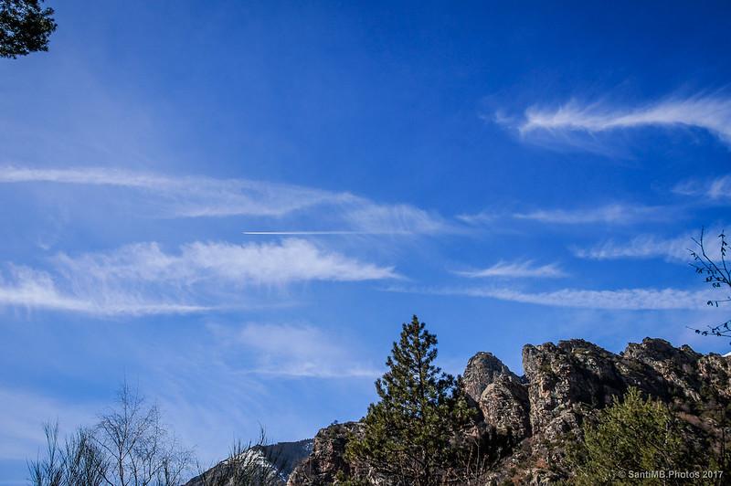 Cielo de invierno sobre las Roques de Totlomón