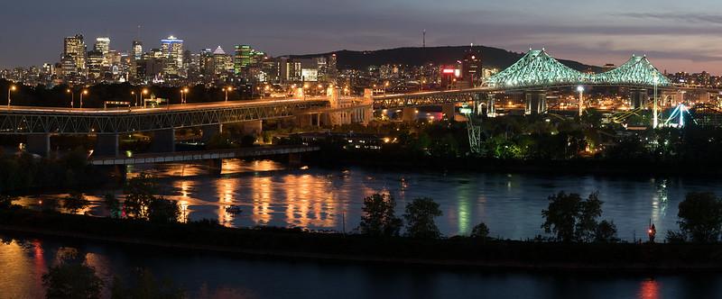 Sur les toits de Montréal 35148468282_8a2c59dd77_c
