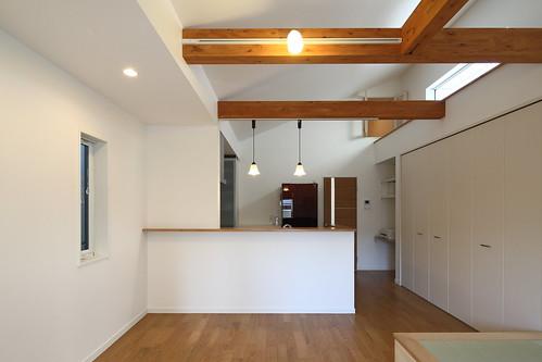 神奈川県横浜市の家