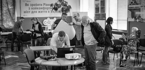 «Кіношкола у Рівному»: одноденний фільм про життя після війни, справжній кастинг, легендарний оператор