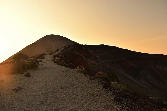 高千穂峰 御鉢から山頂へ