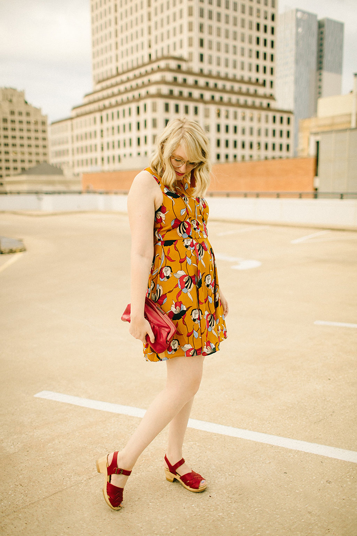 austin style blogger writes like a girl floral mustard dress6
